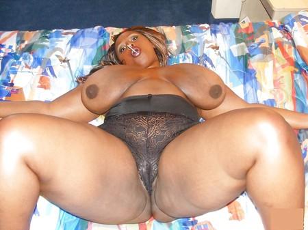 tits Heavy black