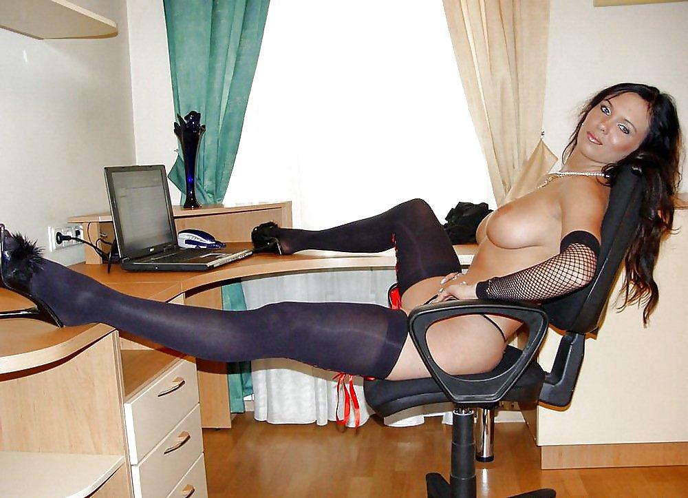 Частное фото индивидуалок на работе