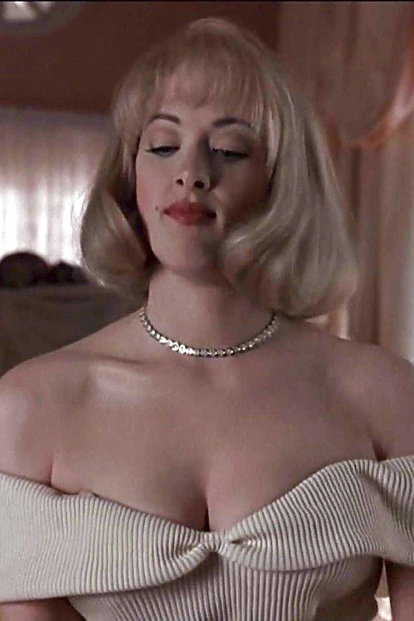 Nude pics of joan cusack 13