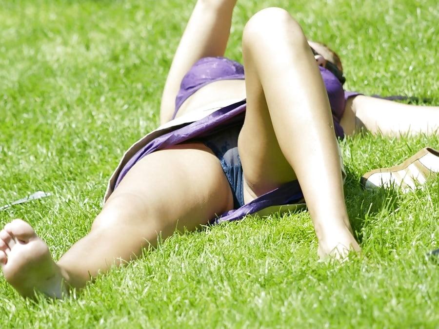 фото сексуальных девушек подглядывание мобильная версия - 5