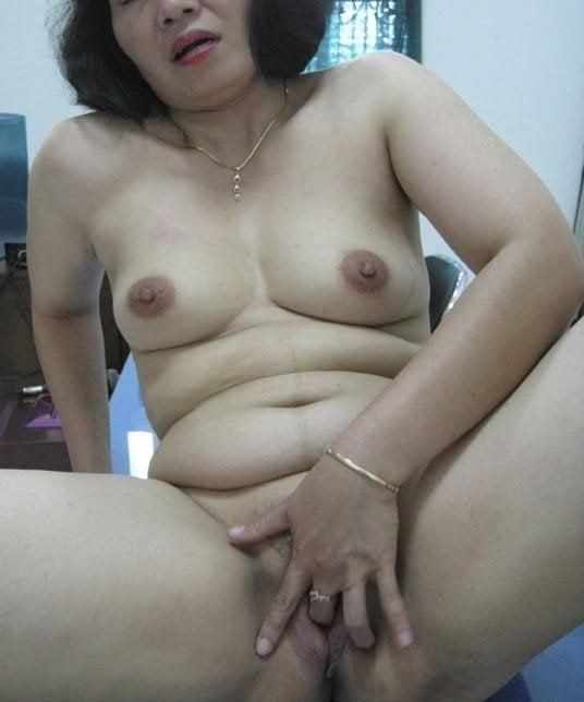 Having tante tante hot pictur porn pee hunters nudes