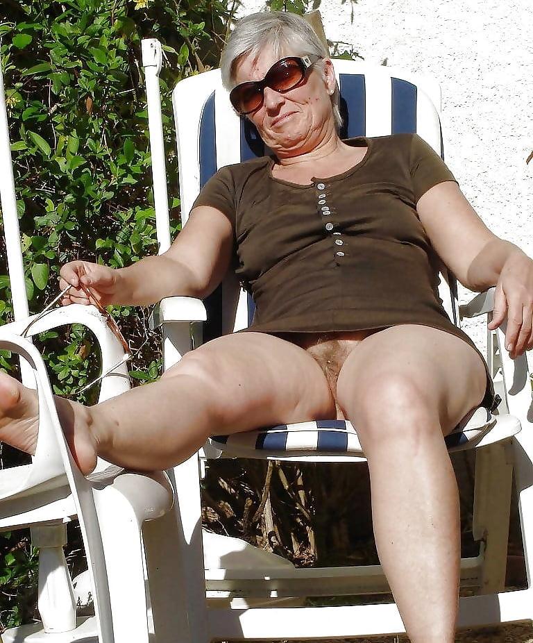 Voyeur older females
