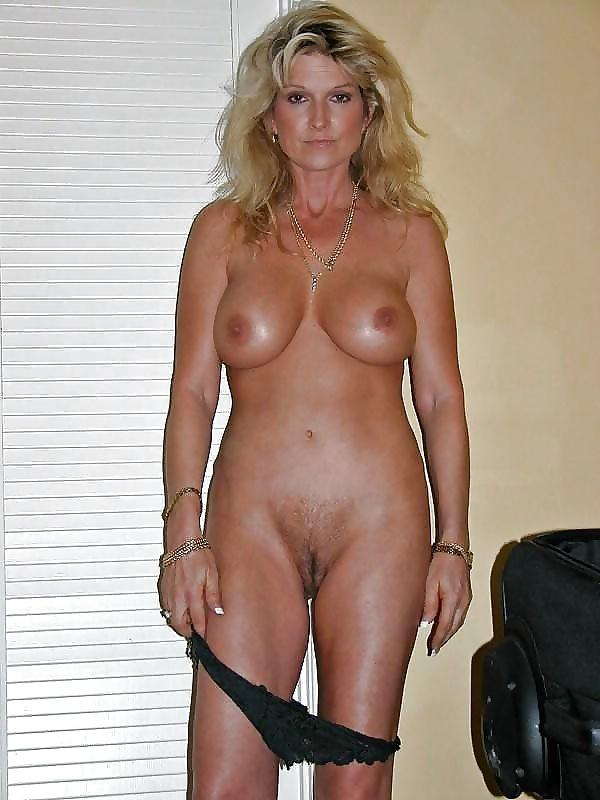 Mature Naked Porn Pics