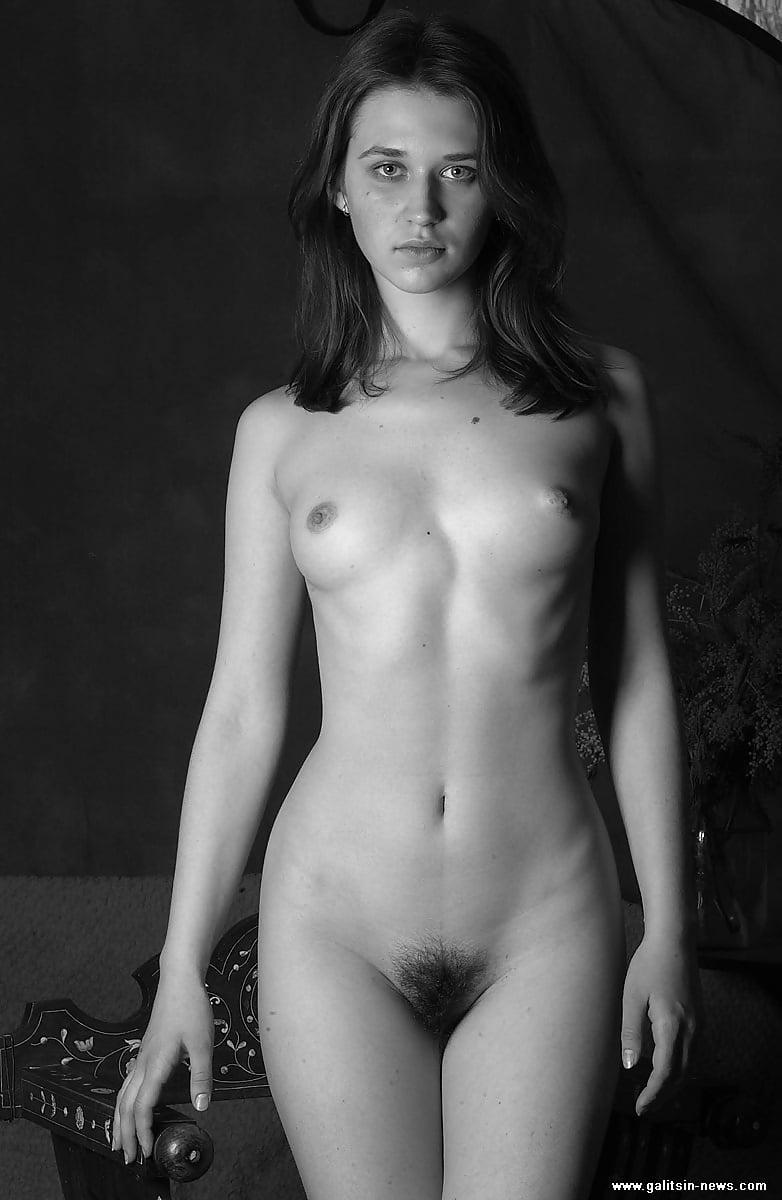 Renata Dancewicz Full Frontal Nude Scene