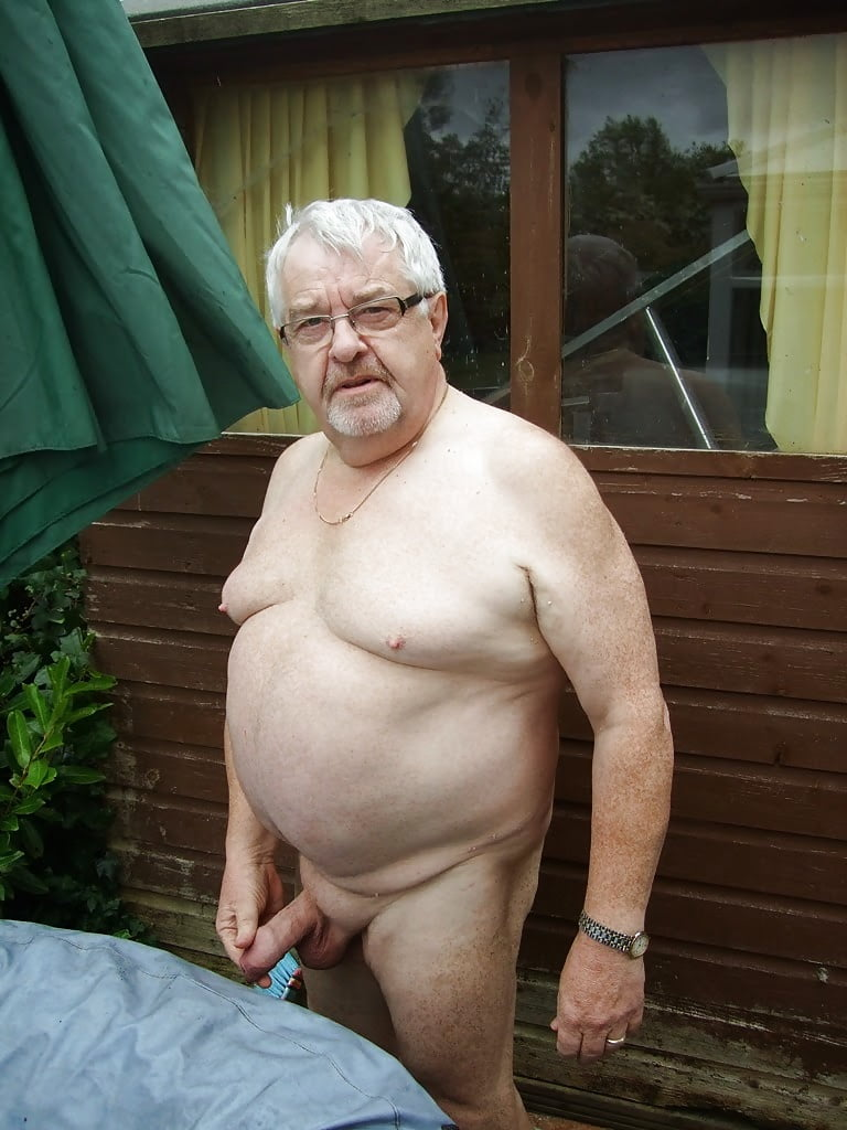 Naked old men picture gallery — photo 4