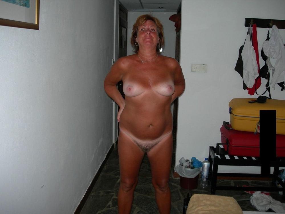 Mature nude tan lines-8211