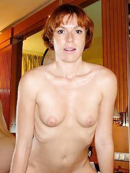 Nackt Nonne