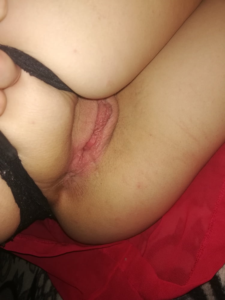 Teen gf want 3some- 29 Pics