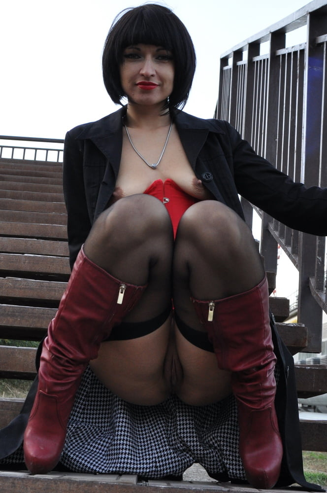 Hot MILF shows her pussy everywhere - 12 Pics