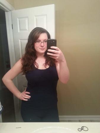 Sexy Housewife Selfie