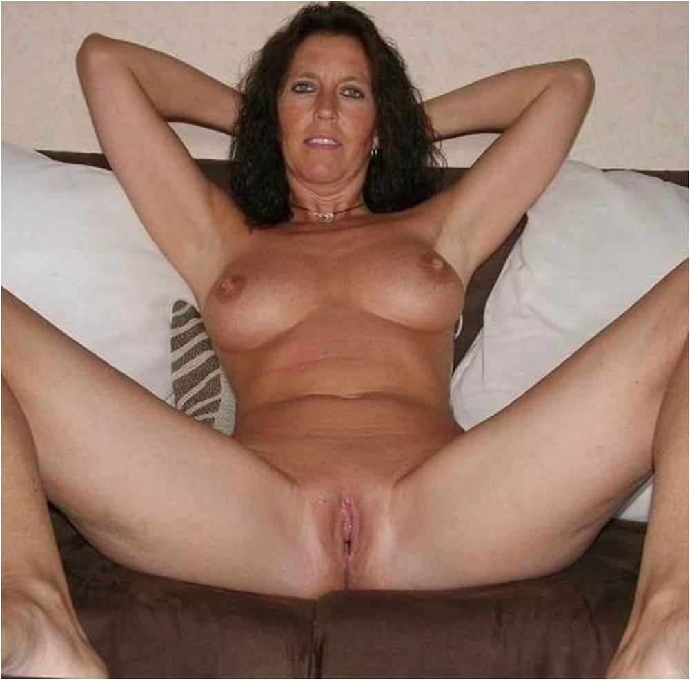Hot Mom S Naked