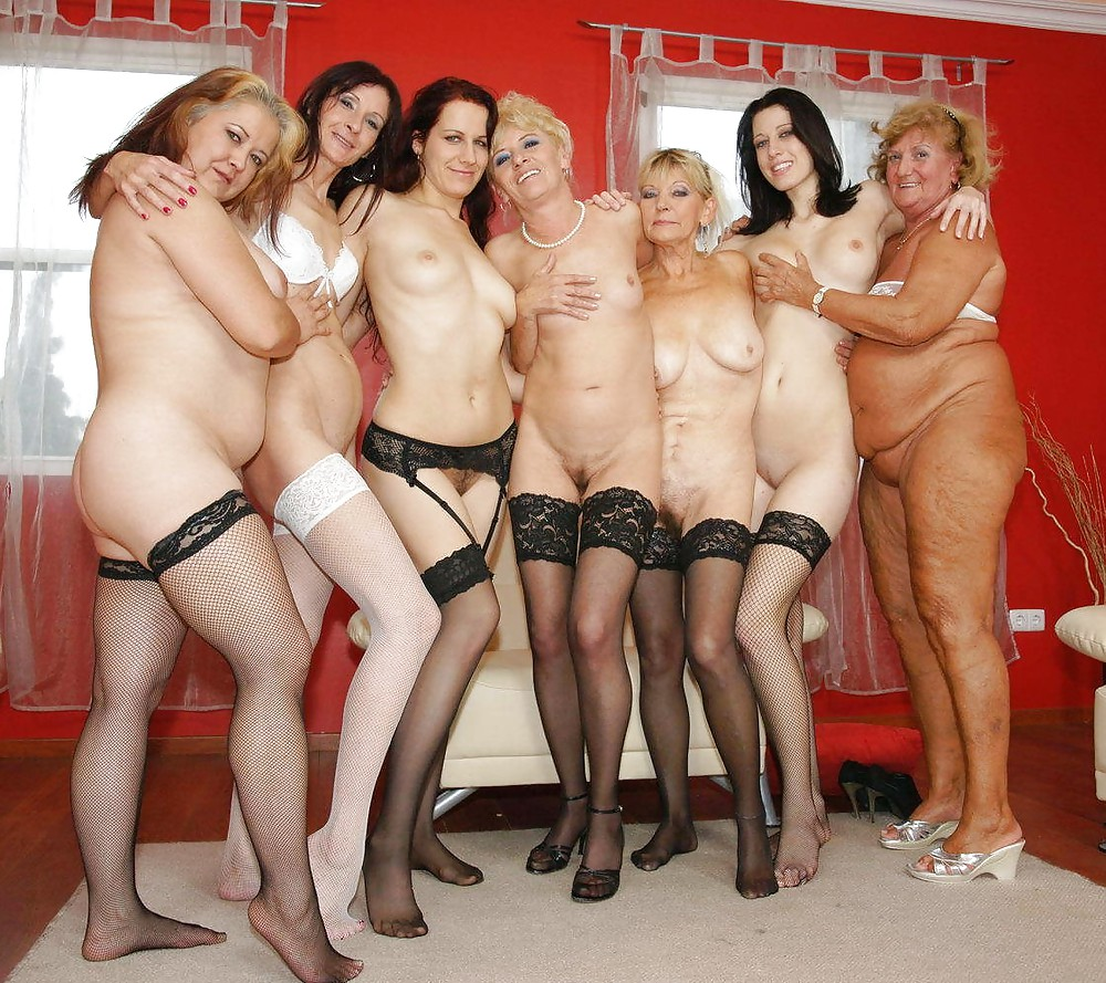 naked-milfs-groups