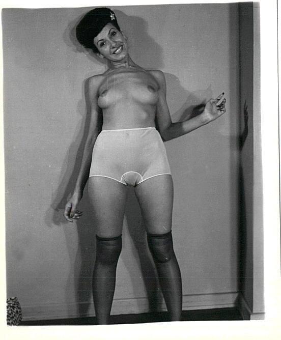 Heels porn pics and women in high heels vintage photo clips