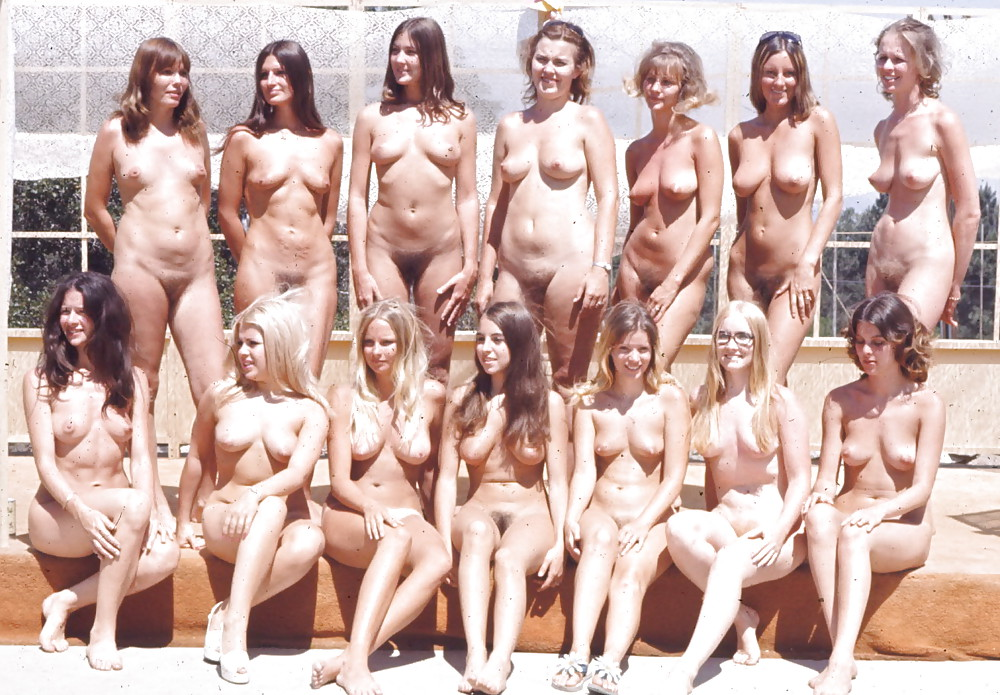 Attractive Nude Groups Images