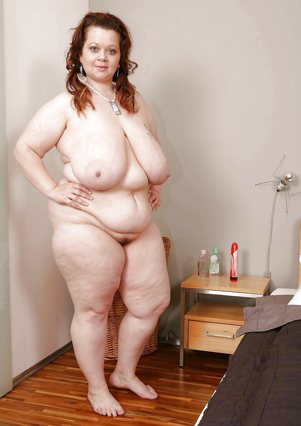 naked-fat-mixed-girls