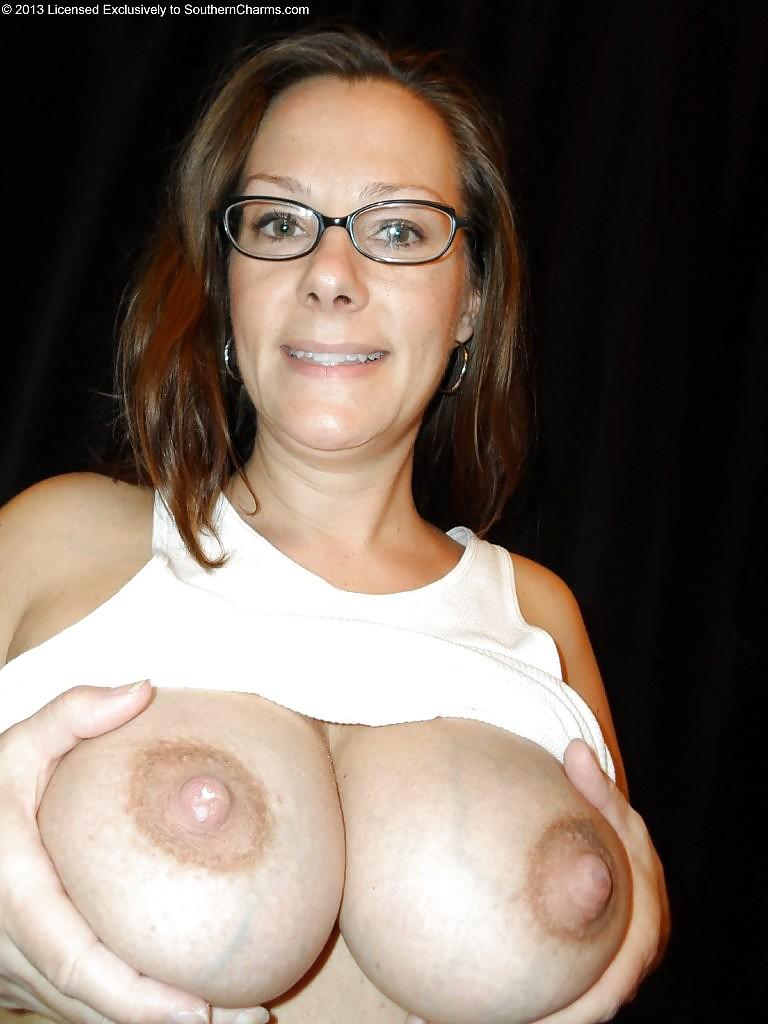 When milk comes in breast-7530