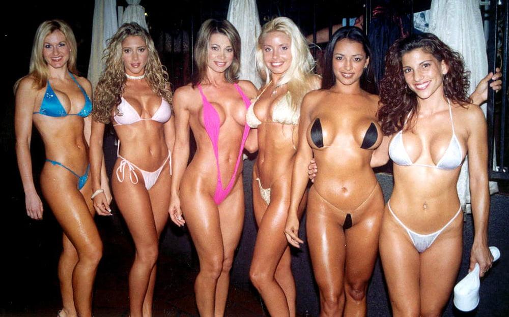 Bikini contest turn flashing