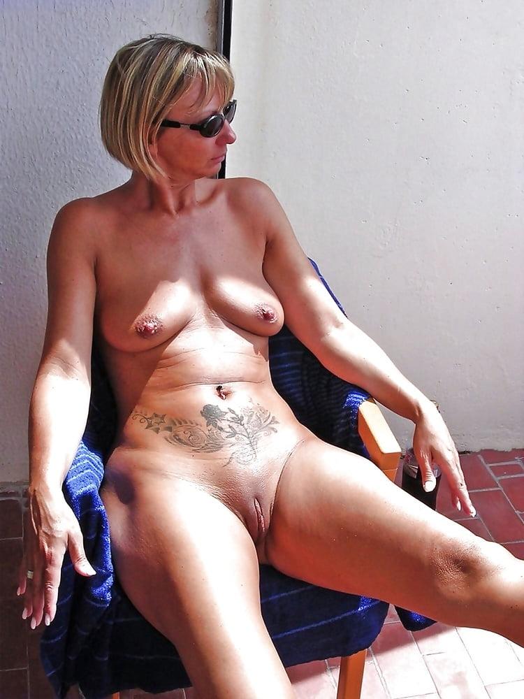 Real nudist voyeur