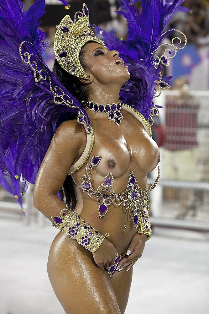 Row over girl's rio carnival role as samba queen