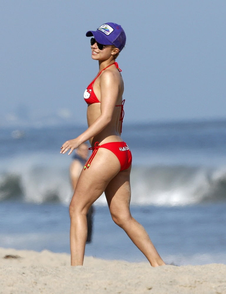 Hayden pantierre bikini