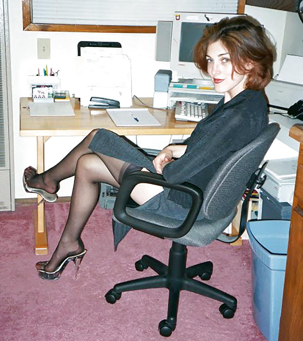 Русскую на работе всадил, порно ретро с грудастой блондинкой