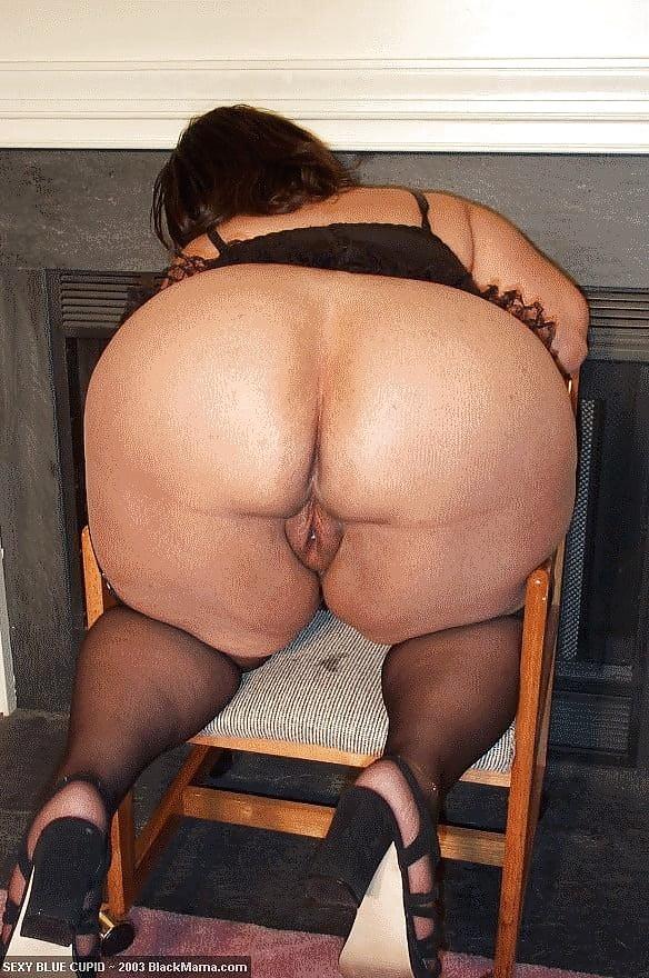 Зрелые шлюхи жопастые лесбиянки порно фото
