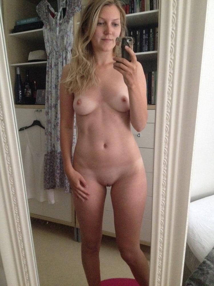Gorgeous naked wife-1413