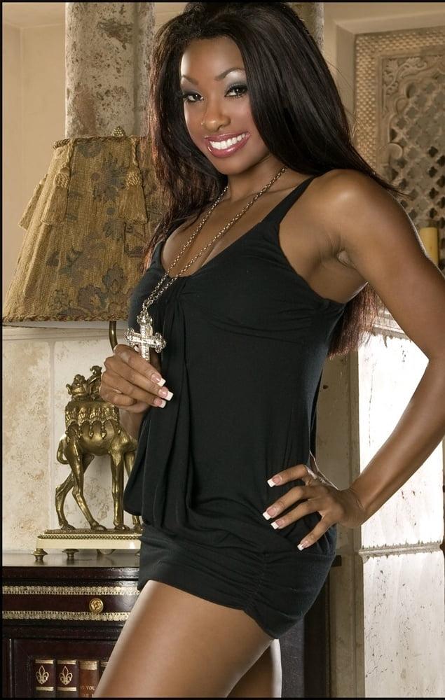 Free nude photos of black women