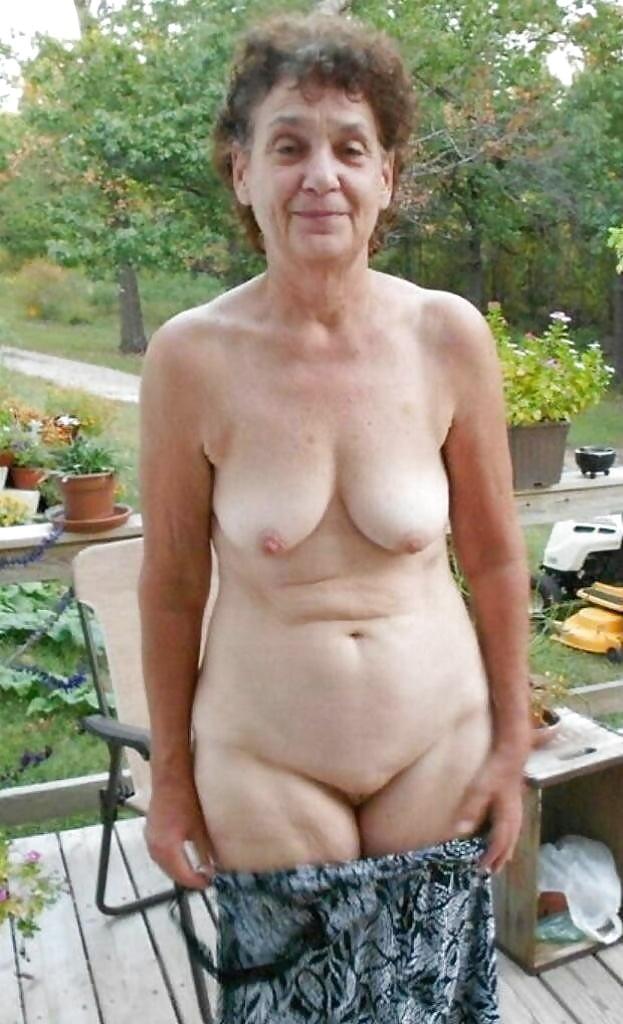 гугл фото голых старых женщин нужно себя