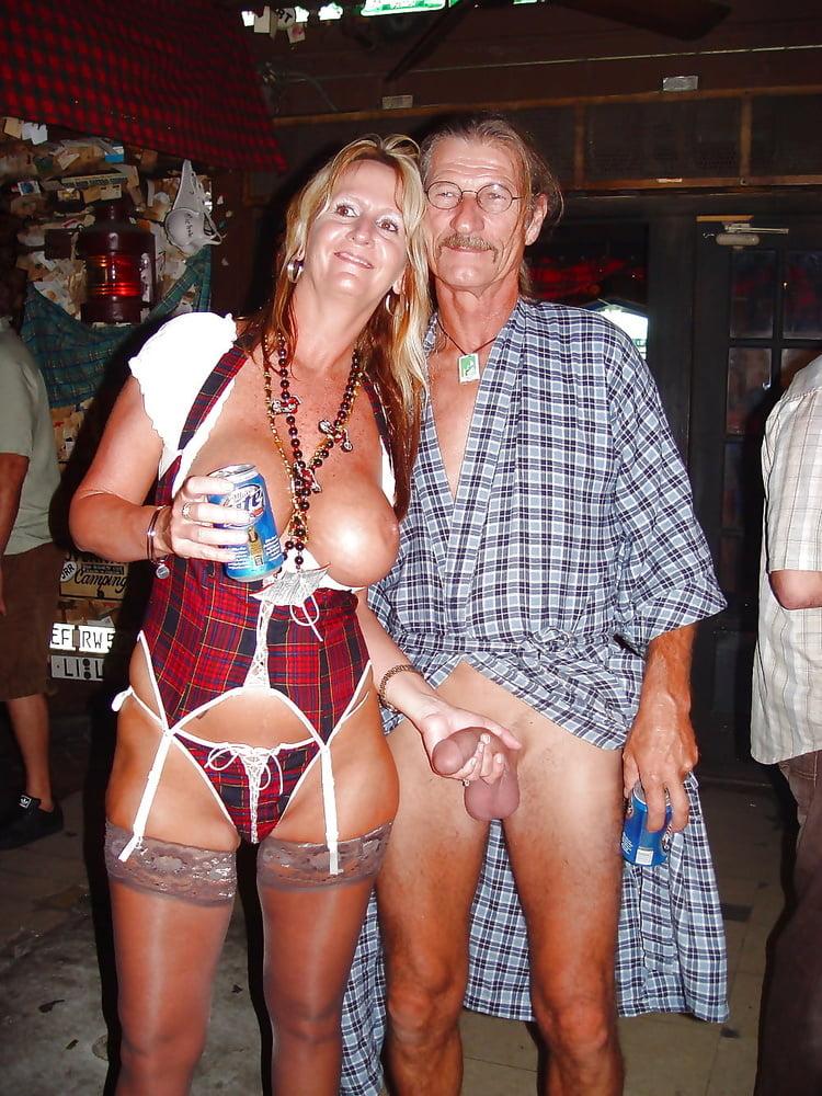 wife-in-key-west-desi-girl-nude-in-jungle-sex