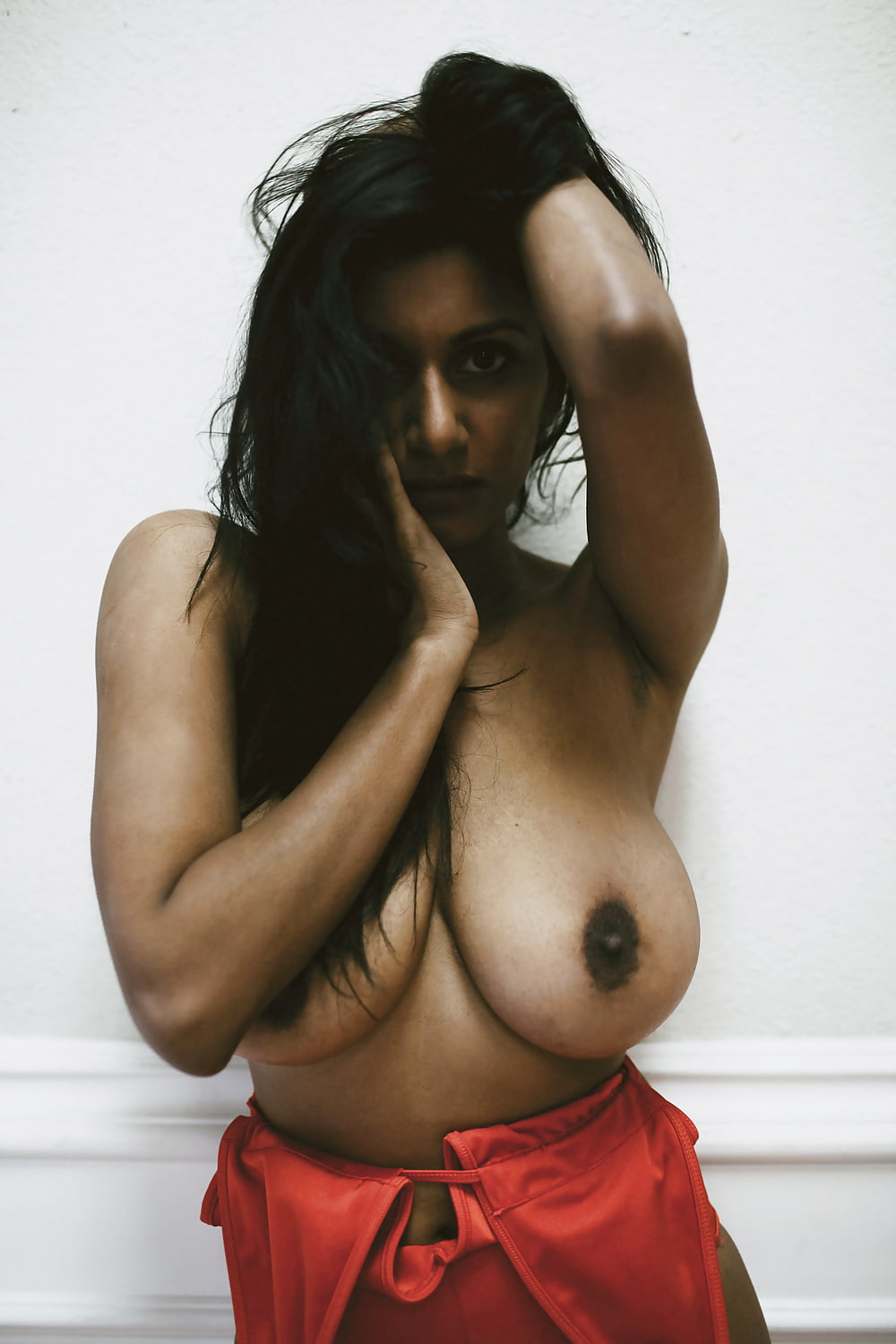 Indian girls boobs squizing 13