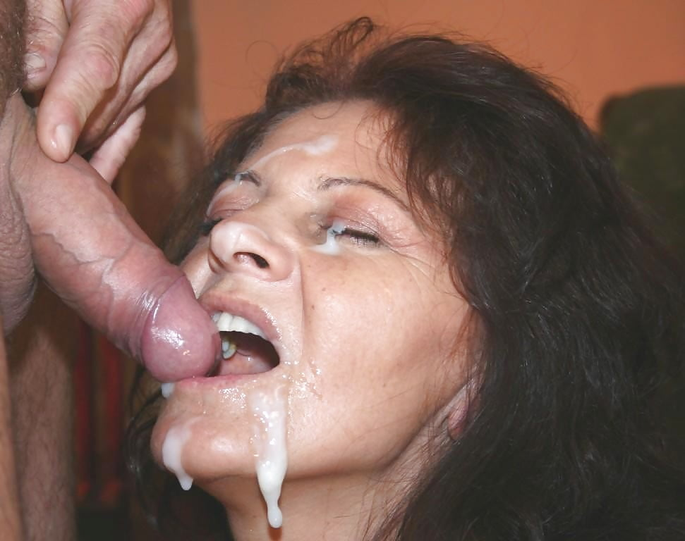 Mature milf cums all over cock