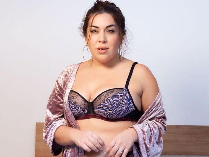 BBW SEXY BRA 309 - 50 Pics
