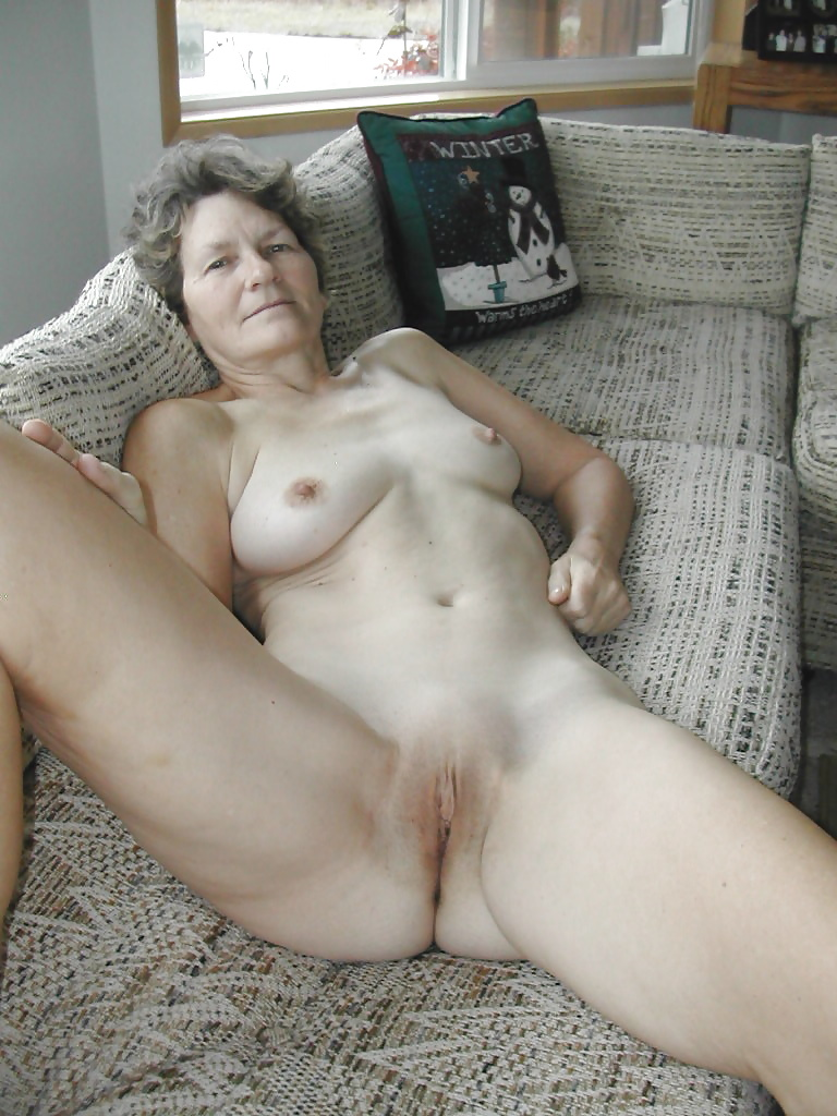 Lovely sexy grannies