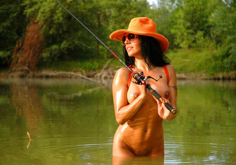 sexy-naked-fishing-girls