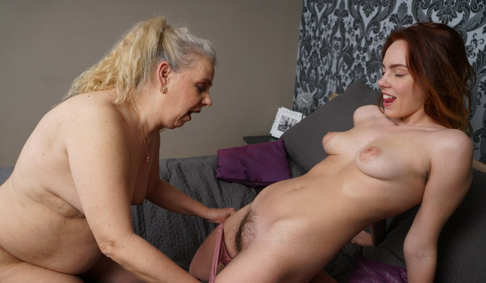 Mature nl young and old lesbians — img 5