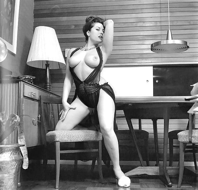 Vintage legs classic pornstars models giving us some leg part