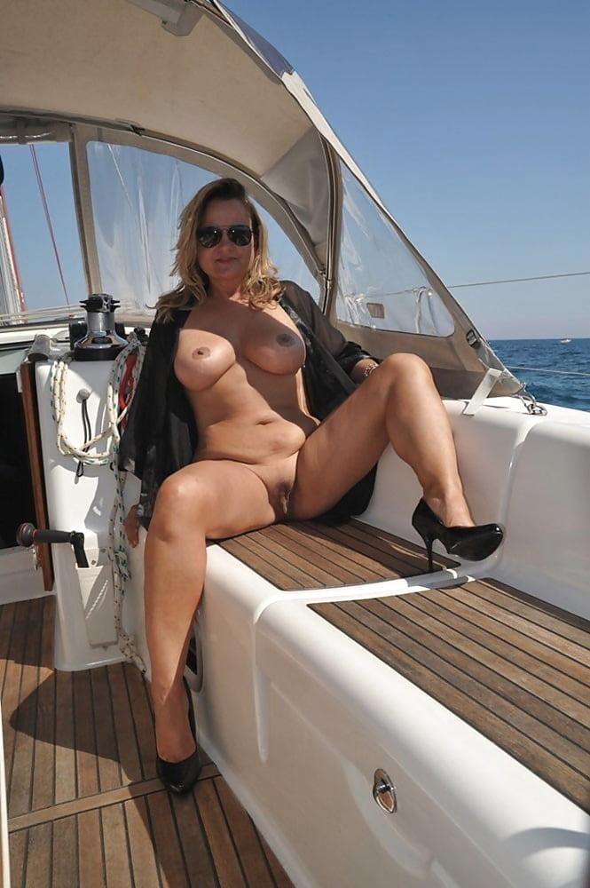 Big huge mature tits