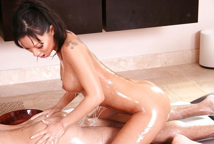 Лесби массаж азиаток онлайн — pic 14
