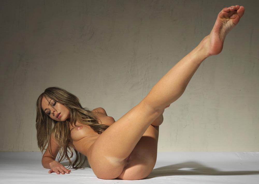 эротика секс девушки красиво ноги фото нас можете