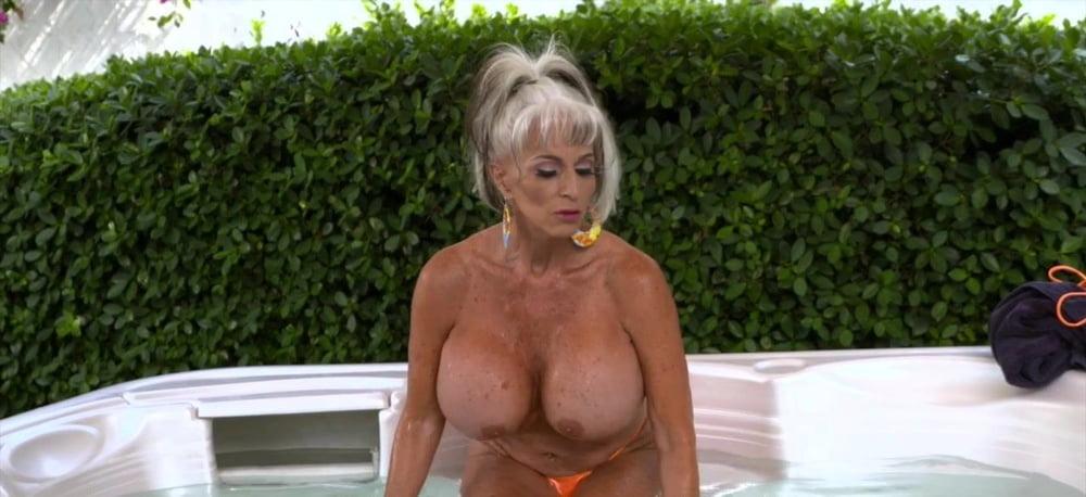 Granny Beelden Van Perfect Girls 1