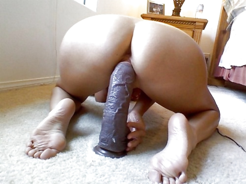 Painting huge black dildo in my wife ashley tisdale naked