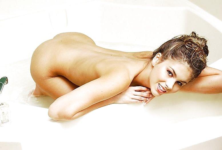 Paris hilton free nude pics cute ukrainian