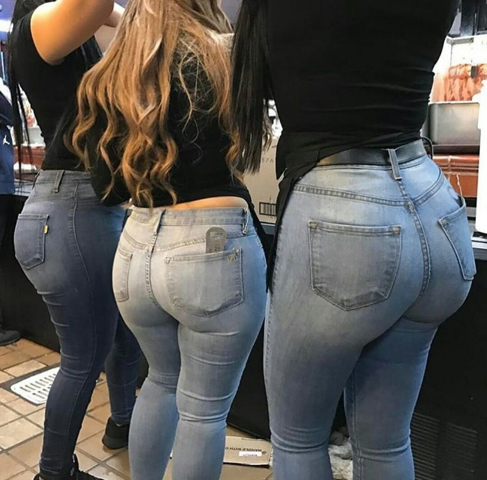 Girls butt in tight jeans, plyson hannigan nude