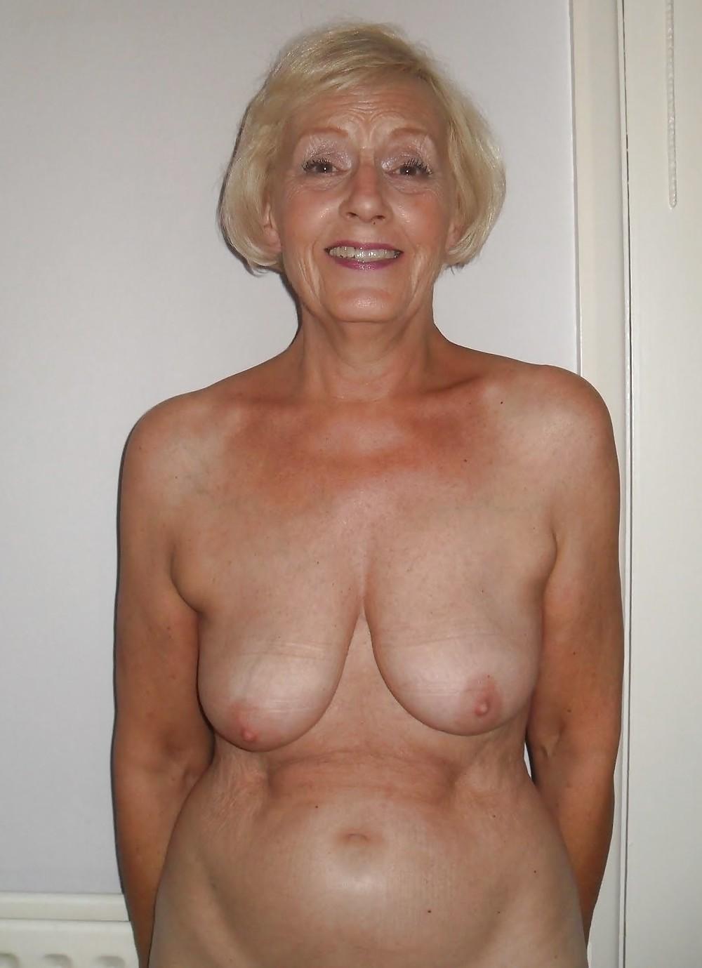 Porno fat granny saggy tits galleries