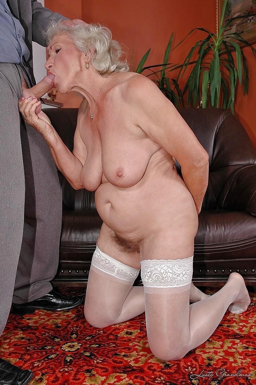 explicit-grnny-erotica
