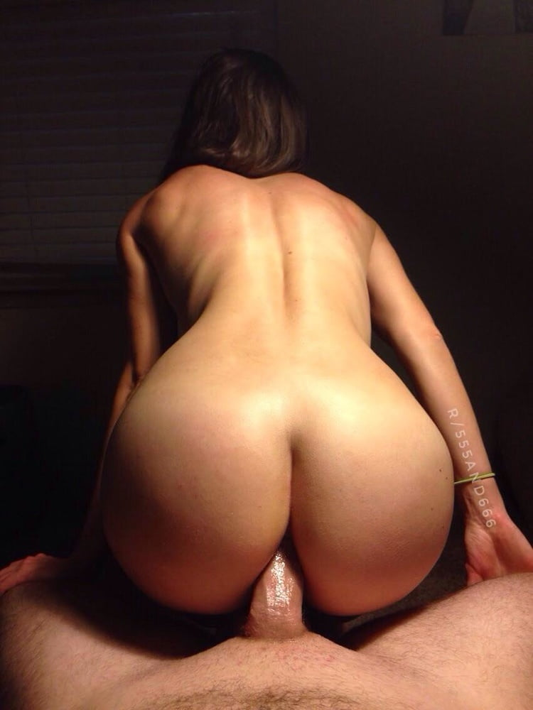 Hot Milf Grinding And Riding Cock