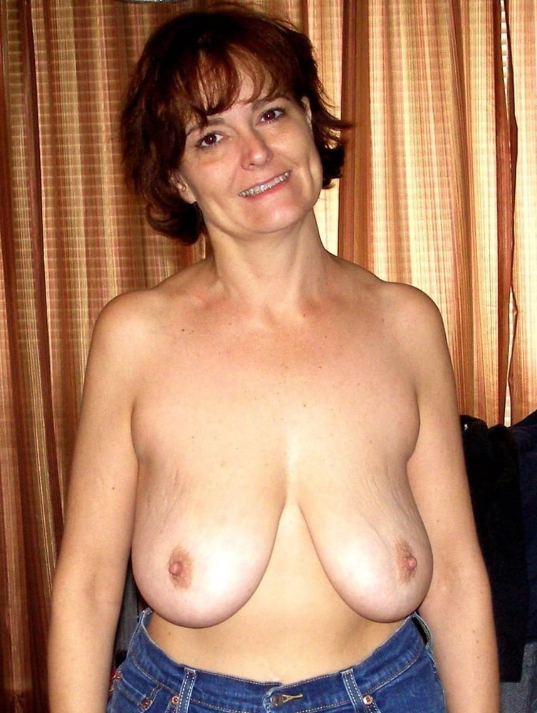 Mature boobs stretchy