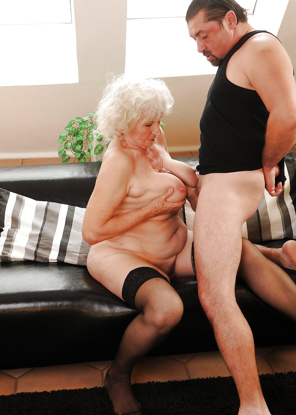 Проститутки пожилые по чем — pic 5
