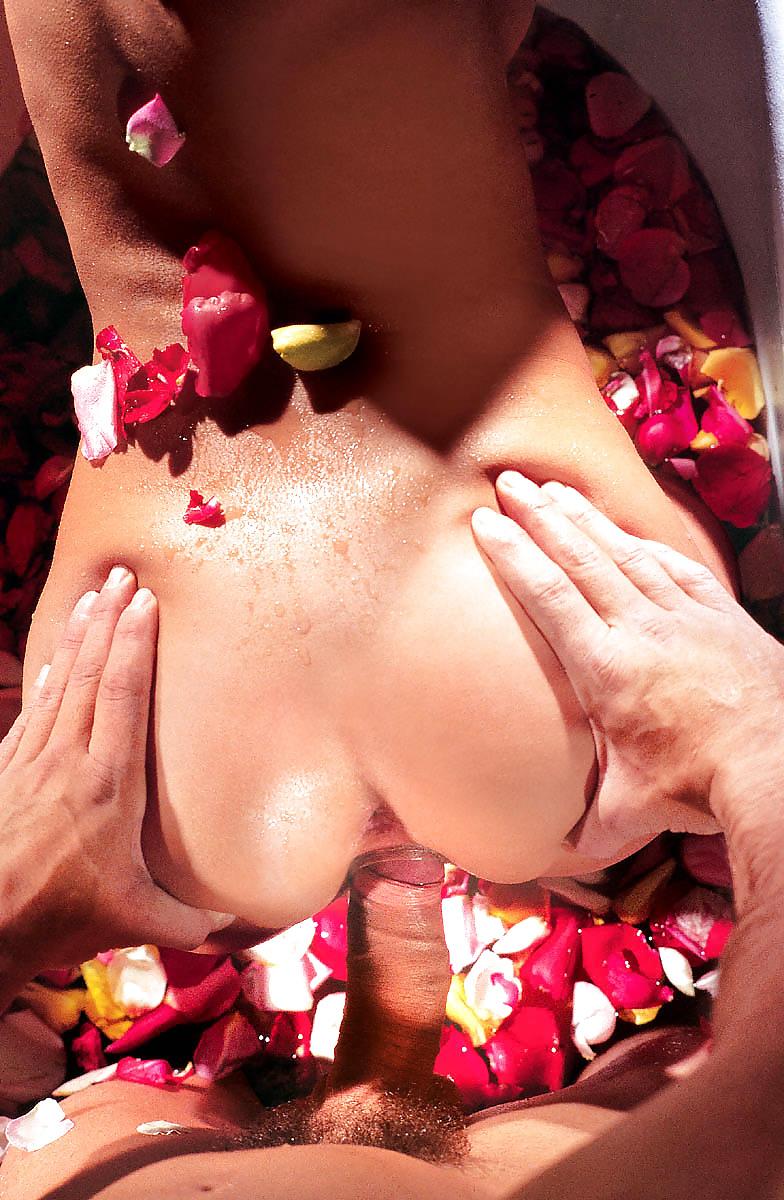 Секс в ванной романтика, во рту холодно от возбуждения